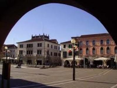 piazza_ferretto_a_mestre.jpg